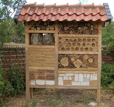 naturfreunde im g ldenen winkel insektenhotels. Black Bedroom Furniture Sets. Home Design Ideas